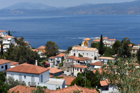 Hydra offer house for sale