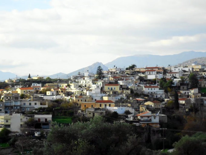 """Old Traditional House in South Crete is for sale """"Special Offer"""""""